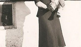 Kvinna við barni í 1939