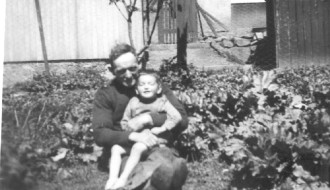 Símun Petersen (Símun í Froðba) og Anton Petersen