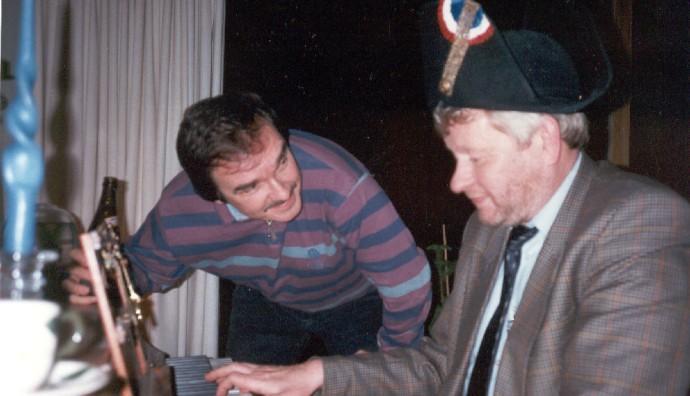 Robert McBirnie og Jesper Klein