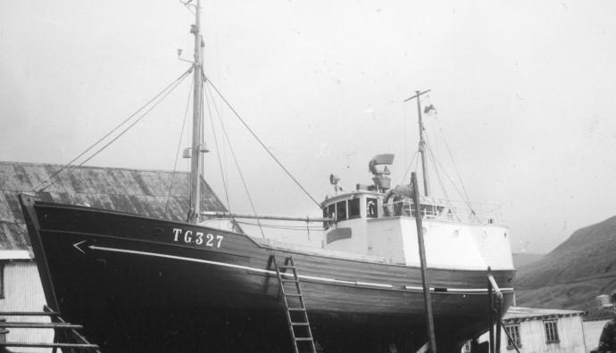 Albert Victor TG 327