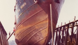 Vágbingur í dokk í Halifax, Kanada