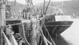 Skip við keiina í Vági